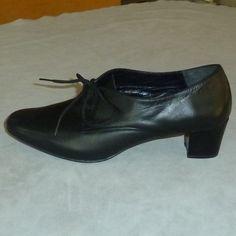 GreekShoes.Net: Footwear Creations & Handmade Shoes. Τα Παραδοσιακά Χορού & τα XL Μεγέθη ειδικότητά μας!