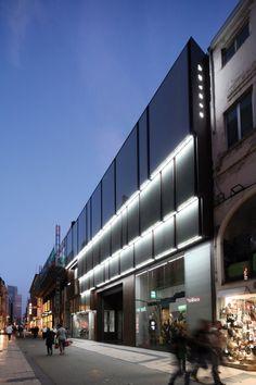#retail #benetton #store #fashion #brand #bruxelles #architecture #façade #cinozucchi #cino #zucchi