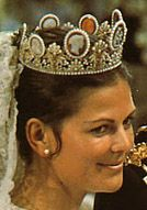 queen silvia of sweden on her wedding day in the cameo tiara