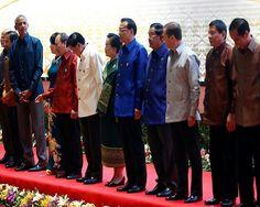 Rodrigo Duterte Skips ASEAN-US Summit After His 2 Grandkids Die? - http://www.morningledger.com/rodrigo-duterte-skips-asean-us-summit-after-his-2-grandkids-die/13100385/