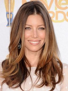 Jessica Biel Long Golden Brown Hair with blonde highlights