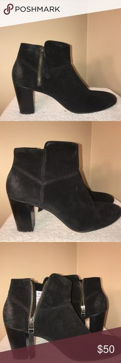 Johnston Murphy VTG Suede! These are super cute Johnston Murphy ankle boots in size 7.5!  They have that piled Suede/vintage Suede look on the heels. Johnston & Murphy Shoes Ankle Boots & Booties