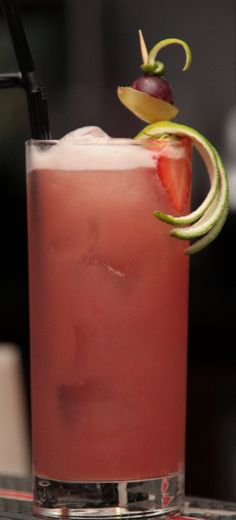 Bru Cooler (2 oz Vodka, .5 oz Peach Schnapps, 1 oz Malibu Rum, .5 oz Melon Liqueur, 2 oz Cranberry Juice, 2 oz Orange Juice)