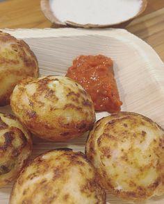 Special crispy punugulu's! It's snack time in #Hyderabad  #eatoutdevout