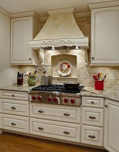Granite - complex, Crown molding, Country, Raised Panel, L-Shaped