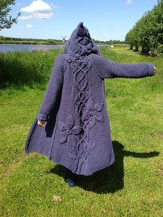 Ravelry: Project Gallery for Sylvi pattern by Mari Muinonen / tikru Sweater Knitting Patterns, Coat Patterns, Dress Sewing Patterns, Clothing Patterns, Crochet Jacket, Crochet Blouse, Knit Crochet, Crochet Shoes, Crochet Clothes