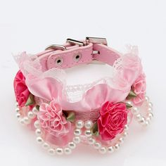 Bro'Bear PU Leather Adjustable Beaded Pet Necklace Dog Puppy & Cat Kitty Buckle Collar with 4 Strings of Pearls, Lace, Rhinestone & 4 Flowers for Small Animals Everyday Walking/Party/Holiday/Wedding/Birthday Accessories (Pink, Small) Cute Dog Collars, Cat Collars, Birthday Accessories, Dog Accessories, Wedding Accessories, Puppy Flowers, Flower Dog, Designer Dog Collars, Style Japonais