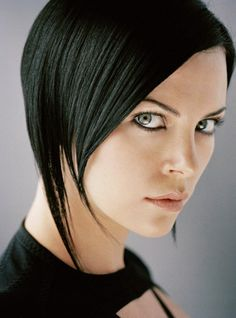 Aeon Flux - I am a day away from cutting my hair back into this style. I hate growing my hair out I just can't do the in between!!