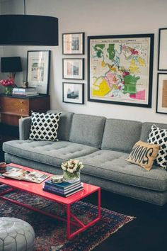 Minus the pink table, I really like this cozy eclectic space. Small Living Room Decorating Ideas | DesignArtHouse.com - Home Art, Design, Ideas and Photos