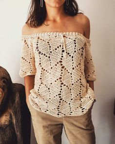 KNITTING PATTERN: This vest is the Knit version of a vest I designed in Tunisian Crochet. A simple knitting pattern worked flat in one piece. Débardeurs Au Crochet, Pull Crochet, Mode Crochet, Crochet Tunic, Crochet Woman, Crochet Clothes, Crochet Tops, Lace Tunic, Easy Crochet