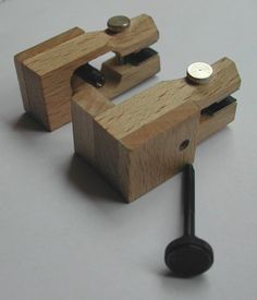 Making light crack clamps Violin Repair, Violin Makers, Guitar Building, Tips & Tricks, How To Make Light, Play, Music, Image, Marquetry