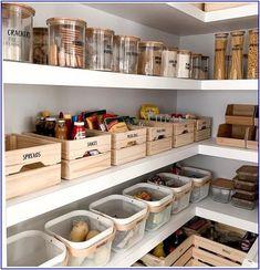Küche Kitchen Pantry Organization Ideas Tips For Choosing The R Kitchen Pantry Design, Kitchen Island Decor, Home Decor Kitchen, Home Kitchens, Kitchen Islands, Kitchen Layout, Kitchen Ideas For Apartments, Corner Kitchen Pantry, Kitchen Baskets