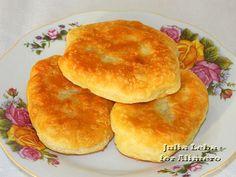 Пирожки на твороге и кефире с разными начинками / Рецепты с фото