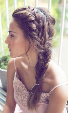 Chic Side Braid Hairstyles Side Braid Hairstyles for Long Hair: So Gorgeous for the Summer Bride!Side Braid Hairstyles for Long Hair: So Gorgeous for the Summer Bride! Side Swept Hairstyles, Pretty Hairstyles, Hairstyle Ideas, Easy Hairstyles, Prom Hairstyles, Updo Hairstyle, Everyday Hairstyles, Fishtail Hairstyles, Fringe Hairstyles