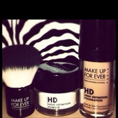 Great for photo shoots and those on stage lights! Have all of this for my figure show! I am stage ready!!