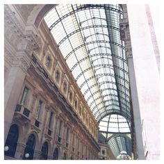 Instagram: Livanies Life Is Beautiful, Milan, Louvre, Building, Travel, Instagram, Vacation, Life Is Good, Buildings
