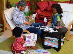 """""""Let's play paper dolls!"""" 