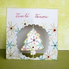 Ručně vyrobené vánoční přání se stromečkem | Blog Aladine Christmas Crafts, Decorative Plates, Winter, Frame, Home Decor, Winter Time, Picture Frame, Decoration Home, Room Decor