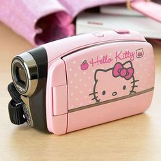 Hello Kitty Video Camera so cute Hello Kitty House, Hello Kitty Items, Hello Kitty Stuff, Hello Kitty Bedroom, Hello Kitty Kitchen, Hello Kitty Accessories, Girly Things, Cool Things To Buy, Accessoires Iphone