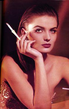 Stunningly Beautiful, Beautiful Women, Paulina Porizkova, Original Supermodels, Aesthetic Look, Golden Girls, Cartoon Art, Fashion Photography, Portrait