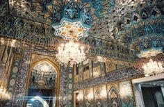 داخل مسجد العباس ، كربلاء، العراق. Inside Al-Abbas Mosque, Karbala, Iraq.