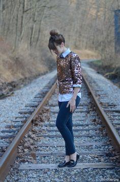 button up shirt, glittery shirt, skinny jeans