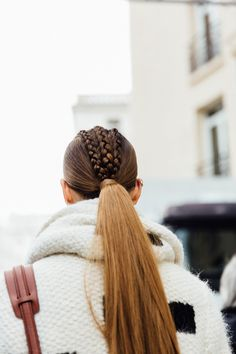 Fall in love with all the Dutch braid hairstyles you can try, with pigtails and updos galore! Plus, learn how to do a Dutch braid on yourself or a friend. Natural Afro Hairstyles, African Hairstyles, Up Hairstyles, Braided Hairstyles, Pelo Editorial, Hair Afro, Corte Y Color, About Hair, Hair Day