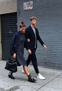 Nina Schwichtenberg & Patrick Kahlo sind ein Modebloggerpaar aus München, hier bei einer Kooperation mit s.Oliver in New York. Mehr auf www.fashiioncarpet.com