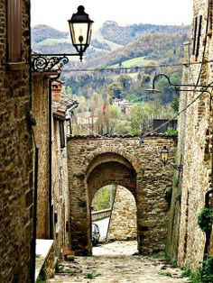 8. Macerata Regions Of Italy, The Beautiful Country, Medieval, Cool Landscapes, Adventure Is Out There, Italy Travel, Wonderful Places, Tuscany, Bella