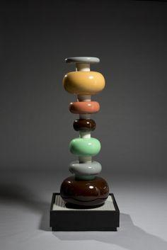 M♥ Ettore Sottsass - Memphis Milano Memphis Milano, Indian Architecture, Memphis Design, Art Nouveau, Vintage Pottery, Vases Decor, Colorful Decor, Perfume Bottles, Sculpture Art
