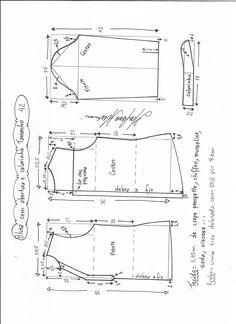Esquema de modelagem de blusa com abertura e meio colarinho tamanho 42.
