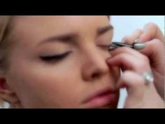 Makeup artist Julianne Kaye shows you how to get the winged cat eye look as seen on the runways of Mercedes-Benz fashion week using: Maybelline Eye Studio® M. Beauty Tips For Face, Beauty Make Up, Beauty Hacks, Hair Beauty, Beauty Secrets, Beauty Products, Eye Wing Tutorial, Winged Eyeliner Tutorial, Winged Liner