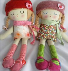 ebabee likes:Hand made fabric dolls so cute!