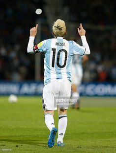 Lionel Messi of Argentina celebrates after scoring the first goal of his team… Más Fc Barcelona, Lionel Messi Barcelona, Messi Argentina 2018, Argentina Football, Cr7 Messi, Neymar, Fifa, Espn Deportes, Argentina National Team
