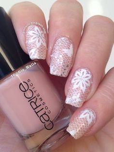 http://gionails.blogspot.be/2014/06/lace-nails-by-born-pretty.html