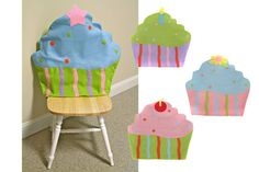 For the students' chairs on their birthday! Birthday Chair, Birthday Stuff, Cupcake Bedroom, Candy Room, Felt Crafts, Diy Crafts, Chair Back Covers, Classroom Crafts, Cupcake Party