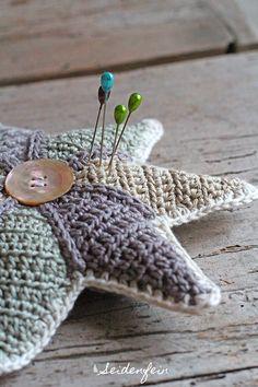 seidenfeins Blog vom schönen Landleben: 22. Häkelstern als Stecknadelkissen & Alpaka Loop * crochet star as a pincushion & alpaca loop