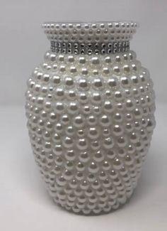 Pearl and White flower vase Glass Flower Vases, Glass Vase, Adult Room Ideas, Mosaic Vase, Vase Fillers, Pearl Flower, Pearl White, Home Crafts, White Flowers
