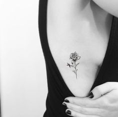 Small Side Tattoos, Side Tattoos Women, Small Tattoo Placement, Tattoos For Women Flowers, Dope Tattoos, Black Tattoos, Mini Tattoos, Tatoos, Simplistic Tattoos