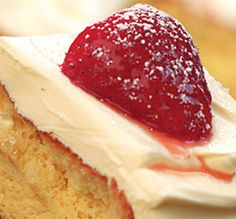 Try something different on your AGA heat-storage cooker with our recipe ideas - Strawberry, Orange and Mascarpone Cake. View our AGA recipes & cook with your AGA cooker today. Aga Recipes, Cooking Recipes, No Cook Desserts, Dessert Recipes, Mascarpone Cake, Aga Cooker, Bakery Cakes, Strawberry Recipes, Custard