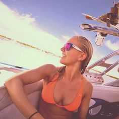 Sunbeams and wakeboarding! @Debbie Arruda Bloxam Patterson Women have your back! #oakleywomen #forehand #sunglasses #swimsuit #wakeboard #delta #california #boat #swim #summer #water (at Fay Island)