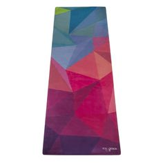 Geo Mat - Premium Eco-friendly Reversible Mat/Towel This reversible mat was designed to be the ultimate yoga companion. Perfect for hot yoga or a sweaty practice. Reduce slipping, injuries and you no longer need to bring a mat AND towel to class anymore. All-in-one product. Machine washable. Carrying strap included.