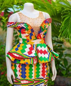 Kente Fabric Designs: See These Kente Styles For Fashionable Ladies - Lab Africa African Dresses For Kids, African Fashion Ankara, Latest African Fashion Dresses, African Dresses For Women, African Print Fashion, Africa Fashion, African Attire, Ghana Dresses, Kente Dress