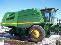 John Deere 9760 combine salvaged for used parts. This unit is available at All States Ag Parts in Salem, SD. Call 877-530-4010 parts. Unit ID#: EQ-25249. The photo depicts the equipment in the condition it arrived at our salvage yard. Parts shown may or may not still be available. http://www.TractorPartsASAP.com
