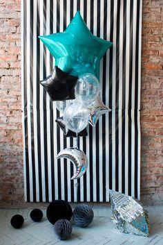 Букет из фольгированных звезд и прозрачных шаров | Tiffani black silver clear sta balloons set