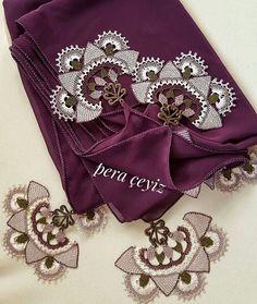 İğne Oyalı Mevlüt örtüsü #elişi#mevlütörtüsü #igneoyasi #luxury #hurç #hijab #gift #handmade #hediye #çeyiz #nisanbohcasi #exclusive #peraceyiz http://turkrazzi.com/ipost/1521278054113174636/?code=BUcqlSEA2Rs