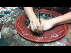 Rosemaling - Detail linework by Lise Lorentzen, unintentional ASMR Rosemaling Pattern, Norwegian Rosemaling, Scandinavian Folk Art, Wooden Plates, Painting Patterns, Asmr, Drawing Tips, Art Decor, Hobbies