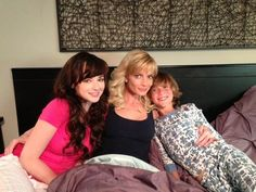 Jaime Pressly and my A Haunted House 2 kids, Ashley Rickards and Steele Stebbins
