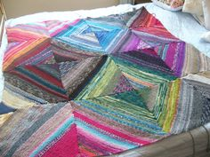 Decke ist zusammengenäht, nur der Rand fehlt noch