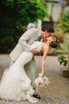 Bride and Groom Wedding Photo Ideas 69
